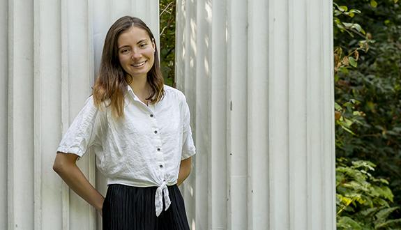 Allison Dumitriu Carcoana