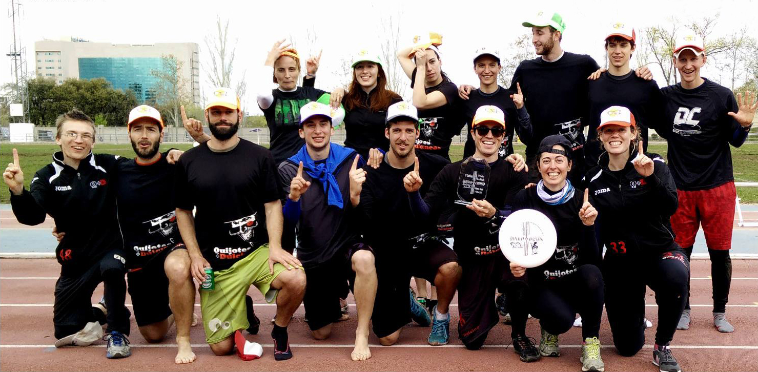Martin Horst and his Ultimate Frisbee team in Madrid
